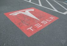 New rules on making cars in China could help Tesla — or give it even more to worry about